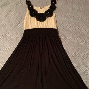 Dresses & Skirts - Macy's Black pearl flower work dress